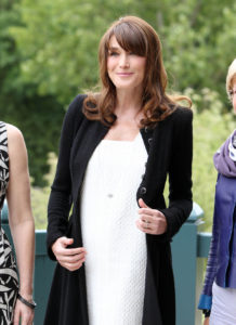 carla bruni baby bumping at the g8 summit 1 960x1320